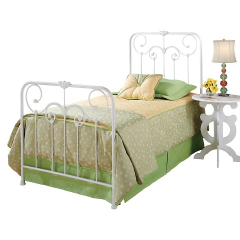 Lindsey Bed Set with Rails Hillsdale Furniture Tar
