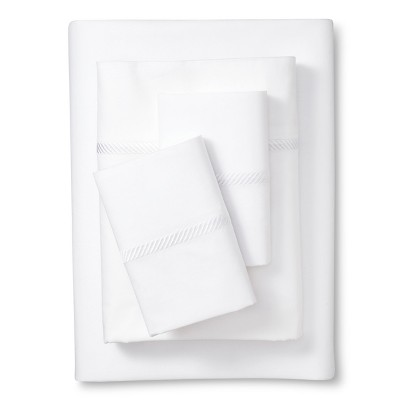 Elite Home Wrinkle Resistant 300TC Embroidary Sheet Set - White (Cal King)
