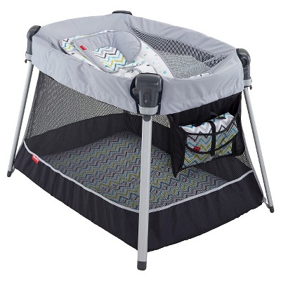 Fisher-Price Ultra-Lite Day & Night Play Yard