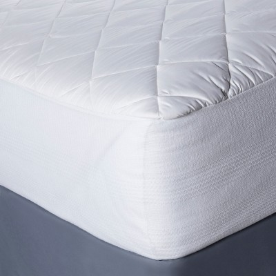 Threshold™ Temperature Regulating Mattress Pad - White (King)