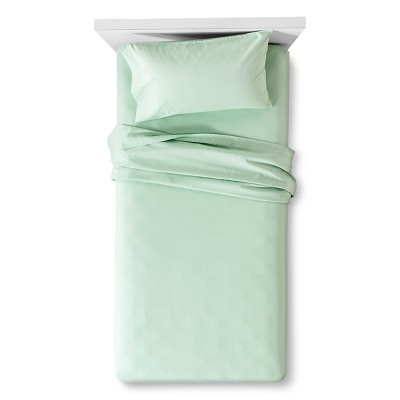 Room Essentials™ Easy Care Sheet Set - Bright Green (Twin)