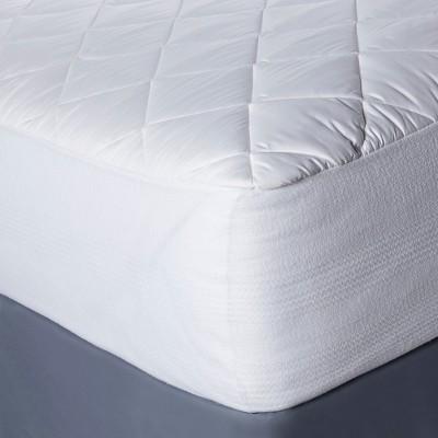 Temperature Regulating Mattress Pad White (Twin) - Threshold™