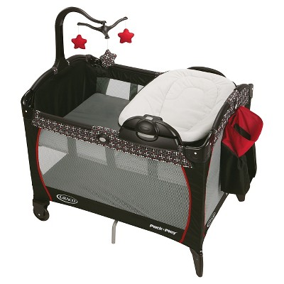 Graco Pack 'n Play Playard Portable Napper and Changer - Marco