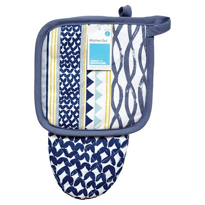 Room Essentials™ Blue Patterned Oven Mitt/Pot Holder