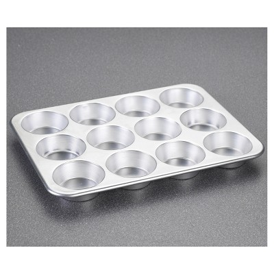 CHEFS Muffin Pan-12 Cup - Light Silver