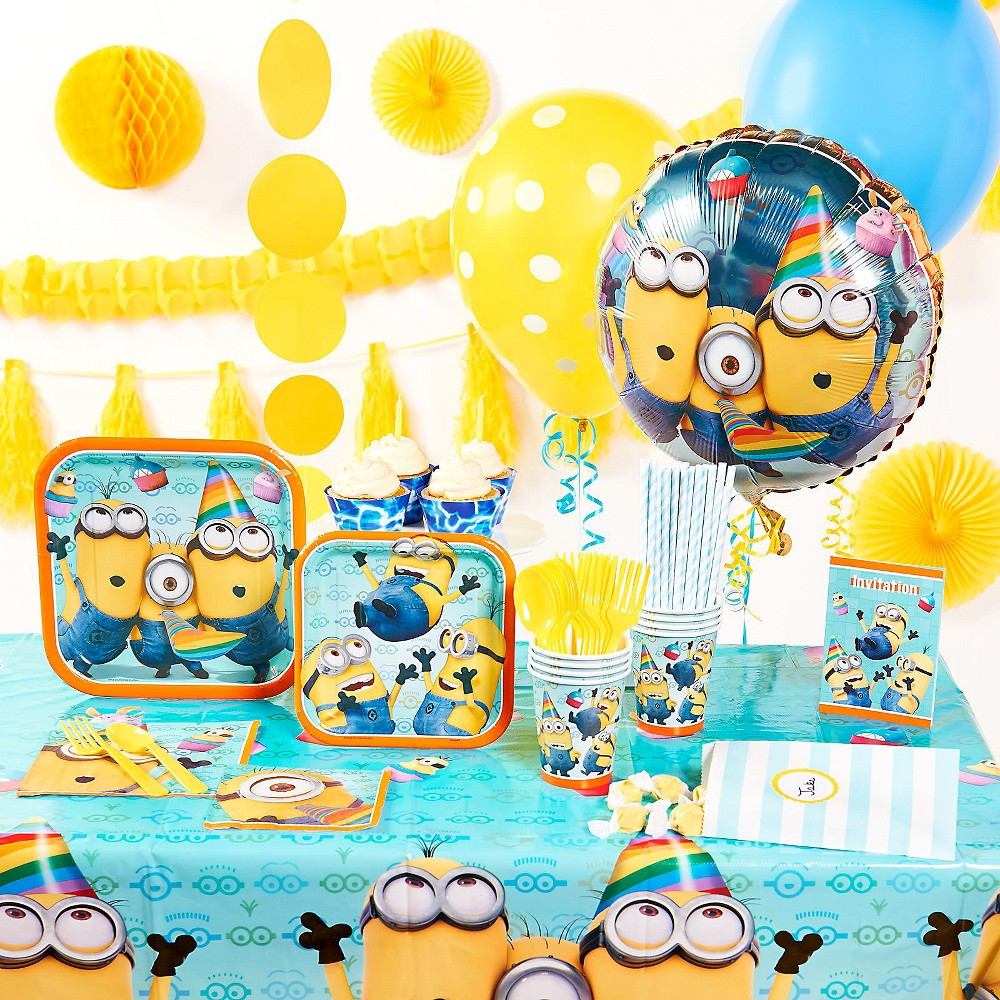 Despicable Me 4 Super Deluxe Party Kit for 16, Multi-Colored
