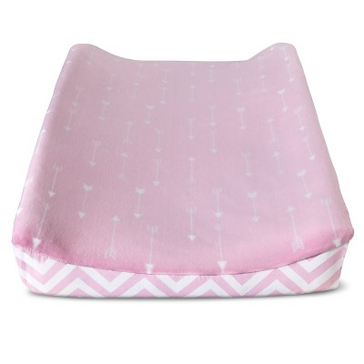 Circo™ Changing Pad Cover - Pink Arrows/Chevron