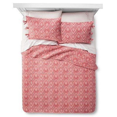 Mudhut™ Maroq Quilt and Sham Set - Red (Queen)