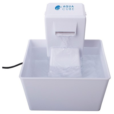 CAT WATERER  Aqua Cube Fountain