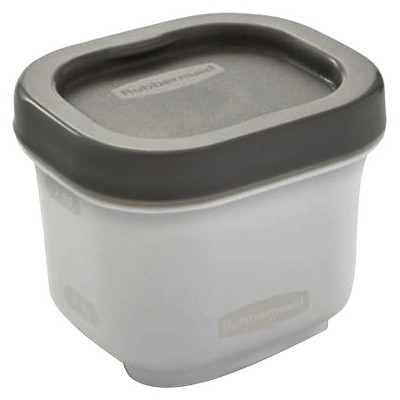 Rubbermaid Fasten + Go Snack Container