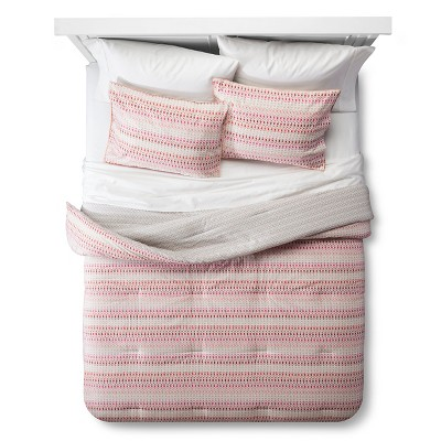 Reverse Stripe Comforter Set (King) Sandstorm 3pc - Room Essentials™