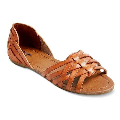 Innovative  Sandal For Women Has Taken Design Elements From The Classic And Created A