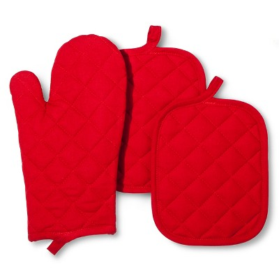 Room Essentials™ Oven Mitt and Pot Holder - Red (3 Pack)