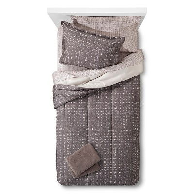 Bedding Set with Towels Full Gray - Room Essentials™