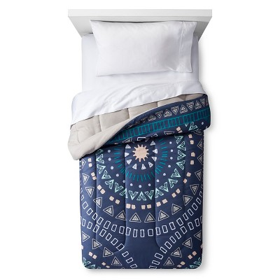 Comforter Medallion Full/Queen Dark Blue - Room Essentials™
