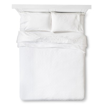 Matelasse Coverlete King - White - Fieldcrest™