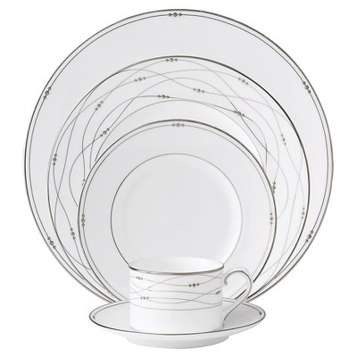 Royal Doulton Precious Platinum 5-Piece Place Setting