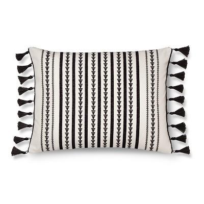 "Maison Decorative Pillow (14""x18"") Black&White - Mudhut™"