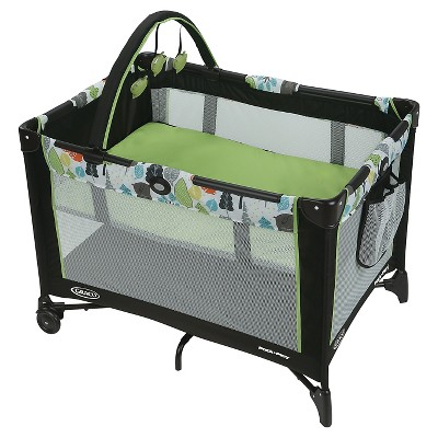 Graco® Pack n' Play Playard On The Go - Bear Trail