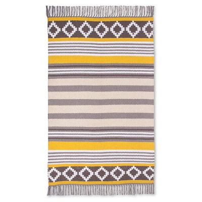 "Como Accent Rug Yellow (2'6""x4') - Room Essentials™"