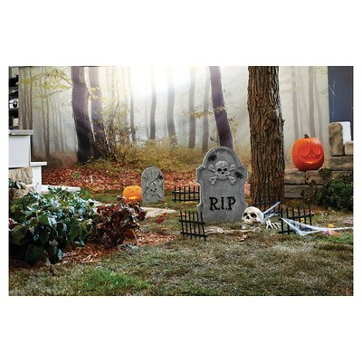 Halloween Cemetery Kit - 14pc