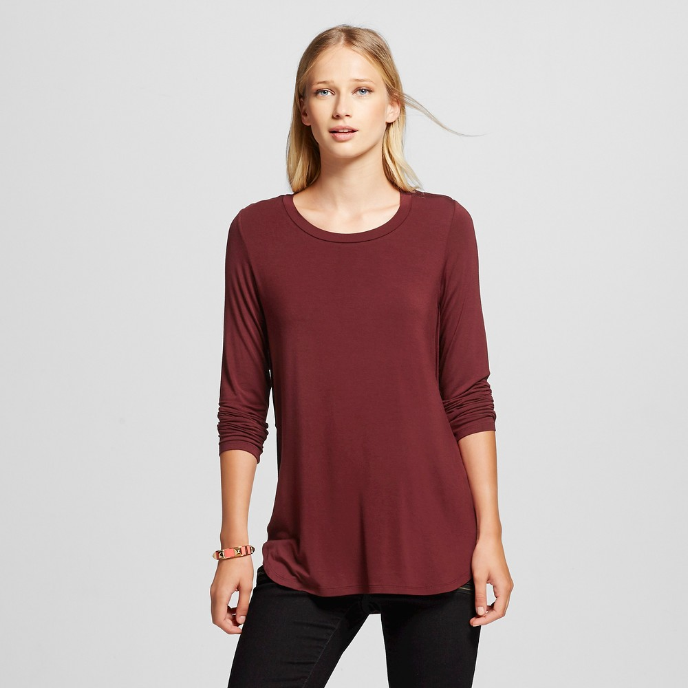 Women's Long Sleeve Crew Neck Tee Dark Red M - Mossimo, Size: Medium