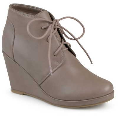 Boots With Wedge Heel